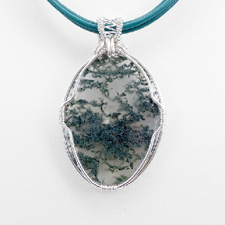 Quartz and moss agate pendant THE MORNING DEW
